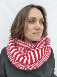 SNOOD / Echarpe / scarf / shawl laine/alpaga/ wool/ alpaca de la boutique TricotDeJulie sur Etsy