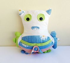 Pillow / Owl pillow / Owl / Decorative pillow / Bed by PetyChiky