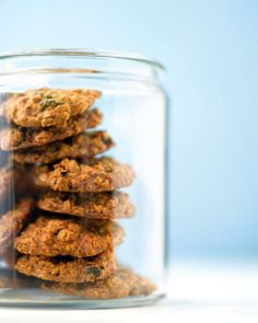 Comfort Desserts // Chewy Oatmeal Raisin Cookies Recipe