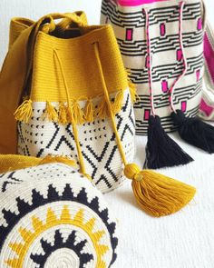 Which one is your favorite? Tapestry Crochet Patterns, Crochet Stitches, Crochet Handbags, Crochet Purses, Tapestry Bag, Macrame Bag, Fashion Sewing, Knitted Bags, Purses And Bags
