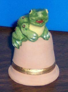 world thimbles | Gimbels Thimbles - Peru Frog Thimble