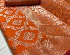 Soft linen silk saree/ orange saree/ saree for women/ designer Orange Saree, Bridal Jewelry, Unique Jewelry, Sarees Online, Indian Bridal, Designing Women, Silk Sarees, Gold Necklace, Trending Outfits