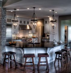 DiYaanni custom homesStanton New Home Plan in Woodtrace  Classic and Kingston  . New Home Kitchen Designs. Home Design Ideas