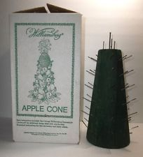 Vintage WILLIASBURG Apple Cone CHRISTMAS Fruit Tree TOPIARY Original Box 12.5""