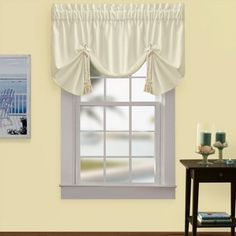 Regalia Sail Window Valance This crisp window valance is a relaxed, contemporary spin on the average valance. This attractive valance evokes images of the sea with its nautical look and rope tie accenting. The valance also features fanned pleats. Price:$39.99 - See more at: http://www.croscill.com/product/window-treatments/474781-11825/croscill-regalia-sail-window-valance.html#sthash.uEPBzJsH.dpuf