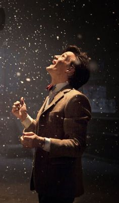 This photo personifies Matt Smith as The Doctor perfectly.  He's like a child that never ceases to be amazed by everything around him. Even the simple things. I love that.