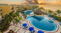 Gran Porto Resort & Spa - All Inclusive Playa Del Carmen Nestled on a secluded private beach, only minutes from the village Playa del Carmen, this all-inclusive resort features spacious accommodations and a spa offering various services.
