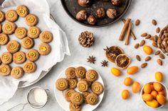 Lasst Euch das nussige Weihnachtsplätzchen Rezept Maronenplätzchen mit Kumquats unserer Ernährungsexpertin Sonja nicht entgehen!