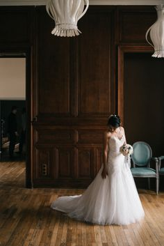 Bride #bride #dress #weddingdress #flowers #bridesbouquet #mariage #robemariage #wedding