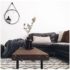 WEBSTA @ the_kmart_forecast - #regram from @aliciak_designs featuring the Kmart round mirror! 👌🏻 #kmartaddictsunite #kmartstyling #kmartaus #interiorstyling #interiordesign #interiordecorating #interior #decor #design #style #styling