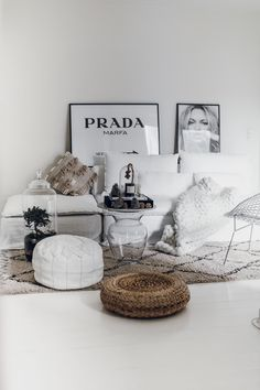 Danish blogger Mowo Blog updated her IKEA Söderhamn sofa with a Bemz slipcover in Absolute White Rosendal linen | modern boho chic living room | layered with a Moroccan pouf and Beni Ourain rug | eclectic living room in a Scandinavian setting