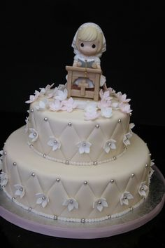 "https://flic.kr/p/9Grm9K | Communion Cake | This cake was for a beautiful little girl, Isa! 10"" vanilla rum cake with a 6"" chocolate cake...yummy!"