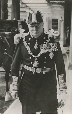 Dignity and Distinction for Both Great and Small. Sir Winston Churchill reached the apex of human greatness in his country, and attained it deservedly by … Winston Churchill, Churchill Quotes, British Bulldog, British History, Military History, Famous Faces, World War Two, Historical Photos, Wwii