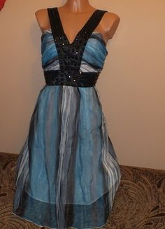 Kup mój przedmiot na #vintedpl http://www.vinted.pl/damska-odziez/krotkie-sukienki/11957605-niebieska-sukienka-na-lato-nowa-z-metka-m-10-38