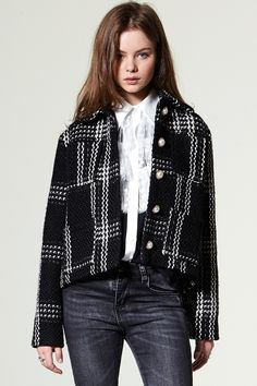 Anjali Pearl Button Tweed jacket Discover the latest fashion trends online at storets.com #coat #shearingcoat #storets