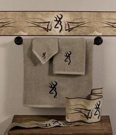 Southern Sisters Designs - Browning Buckmark Embroidered Towel Set