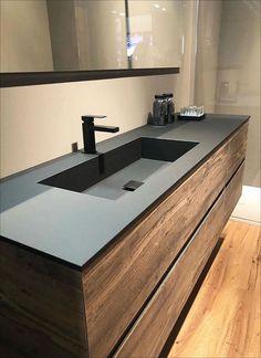 Dark Bathrooms, Cabin Bathrooms, Luxury Master Bathrooms, Home Design Decor, Bathroom Interior Design, House Design, Home Decor, Bad Inspiration, Bathroom Inspiration