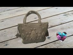 YouTube Crotchet Bags, Knitted Bags, Crochet Handbags, Crochet Purses, Tapestry Crochet, Crochet Yarn, Sac Granny Square, Lidia Crochet Tricot, Diy Sac