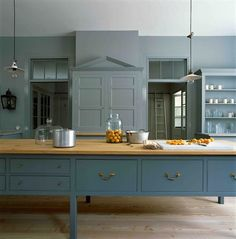 Plain English design bespoke kitchens, handmade by skilled craftsmen using traditional techniques which bring about a unique, unmatched beauty. Plain English Kitchen, English Country Kitchens, Shaker Style Kitchens, Home Kitchens, Shaker Kitchen, Interior Design Kitchen, Kitchen Decor, Kitchen Designs, Kitchen Ideas