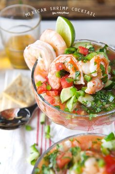 Deviled Shrimp Camarones a la Diabla *Spicy* Calling all the spicy souls!a spicy shrimp recipe that will spin your head off. Seafood Recipes, Mexican Food Recipes, Cooking Recipes, Healthy Recipes, Ethnic Recipes, Cooking Tips, Mexican Shrimp Cocktail, Mexican Cocktails, Ceviche Mexican