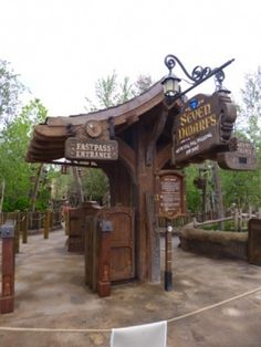 Seven Dwarfs Mine Train - photos
