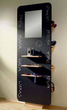 Hier sehen Sie eine Bauanleitung über ein Wandregal: Garderobenmöbel und Regale selber bauen bei heimwerker.de