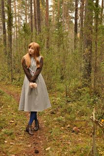 cosplay: alice from the moomins (90s tv show)