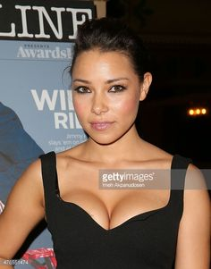 Jessica Parker Kennedy in a bra Jessica Parker Kennedy, Canadian Actresses, Actors & Actresses, The Cw Series, Sanaa Lathan, Black Sails, Mixed Girls, Janet Jackson, Beauty Queens