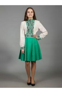 Оригінальна сукня з натурального льну двох кольорів  зелений низ та білий  верх 5cef59bb42e4b