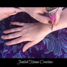Easy Lotus Henna Design - Easy Lotus Henna Design www.JamilahHennaC… You are in the right place about Easy Lotus Henna Desi - Henna Tattoo Hand, Henna Tattoo Designs, Henna Hand Designs, Best Mehndi Designs, Mehndi Designs For Hands, Easy Henna Tattoos, Beautiful Henna Designs, Arte Mehndi, Henna Mehndi