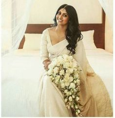 Ideas For Flowers Bouquet Simple Brides White Saree Wedding, Christian Wedding Sarees, Christian Bride, Christian Weddings, Lilac Wedding, Bridal Sari, Bridal Gowns, Wedding Gowns, Wedding Bouquets