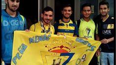 Prohíben entrar al Carranza a un forofo del Cádiz por portar una bandera gay Imagen 0