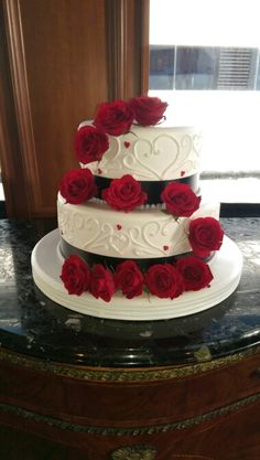 Cake flowers-red roses