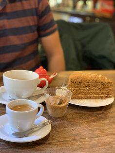 Artisan Cafe & Bristot in Old Town Prague. Solo Travel, Time Travel, Artisan Cafe, Tourist Info, Dublin Airport, Visit Prague, Old Town Square, Prague Castle, Strawberry Cakes