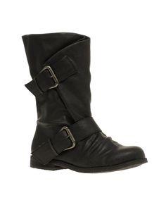 Need black flat boot