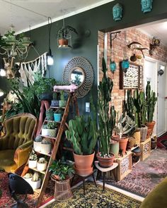 Home Interior Pictures interior design inspo.Home Interior Pictures interior design inspo Decoration Design, Deco Design, Diy Rustic Decor, Boho Decor, Bohemian Decorating, Estilo Interior, Stylish Home Decor, Plant Decor, Cactus Decor