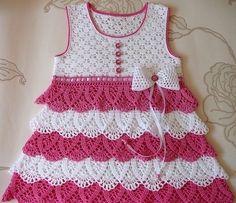 Милое платье для маленькой модницы. Красивое и нежное ажурное платье крючком