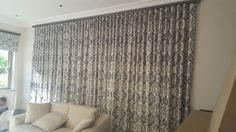 Patterned wave curtains