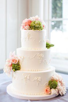 #cakes   photo by melanie duerkopp