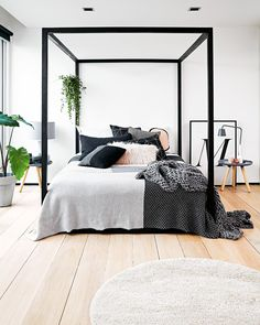 Bedroom envy! In love with the different textures and patterns