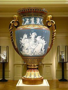 Paris, Musee d'Orsay / The Vase of Hercules. Hercules and the horses of Diomedes. porcelain decorations paste application, patinated and gilt bronze Urn Vase, Creta, Antique China, Antique Vases, Porcelain Ceramics, Vases Decor, Hercules, Art Nouveau, Decoration