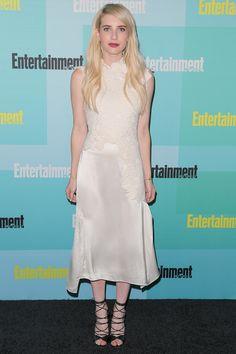 Emma Roberts en Little White Dress