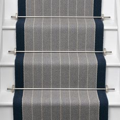 Roger Oates Dart Midnight wool herringbone stair runner carpet fitted with Brushed Chrome stair rods in Marleybone London Grey Carpet Bedroom, Beige Carpet, Diy Carpet, Patterned Carpet, Modern Carpet, Carpet Ideas, Striped Carpets, Patterned Wall, Green Carpet