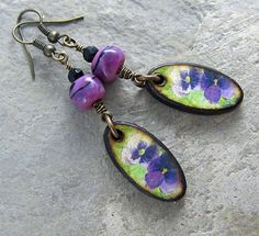 Purple Pansy Earrings Handmade Lampwork by LindaLandigJewelry, $36.00  #LindaLandigJewelry #Earrings   @Jenelle Isaacson Aubade-Caracas