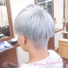 HanaさんはInstagramを利用しています:「.ㅤㅤㅤㅤㅤㅤㅤㅤㅤㅤㅤㅤㅤ 青い白ㅤㅤㅤㅤㅤㅤㅤㅤㅤㅤㅤㅤㅤ ㅤㅤㅤㅤㅤㅤㅤㅤㅤㅤㅤㅤㅤ ㅤㅤㅤㅤㅤㅤㅤㅤㅤㅤㅤㅤㅤ ㅤㅤㅤㅤㅤㅤㅤㅤㅤㅤㅤㅤㅤ #マニックパニックプロフェッショナル…」 White Blonde, Haircuts, Instagram, Hair Cuts, Haircut Styles, Hair Style, Hairdos, Hair Cut, Hairstyles
