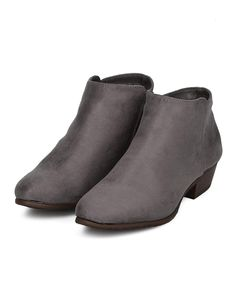 bcc1d94d0482c2 Alrisco Women Low Heel Bootie - Basic Stacked Heel Ankle Boot - Casual  Dressy Everyday Versatile