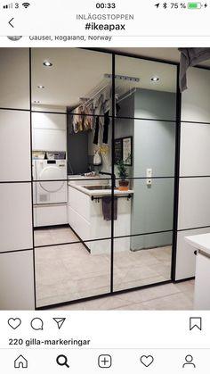Ikea Wardrobe, Mirrored Wardrobe, Sliding Wardrobe, Built In Wardrobe, Built In Robes, Apartment Interior, Modern Interior, Interior Inspiration, Decoration