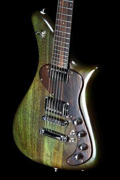 I want . Retro Series – Becker Guitars & Martian Basses