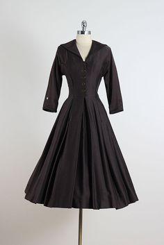 Splendid Day . vintage 1950s dress . vintage by millstreetvintage