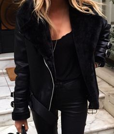 Pinterest @esib123  #fashion #style #inspo all black